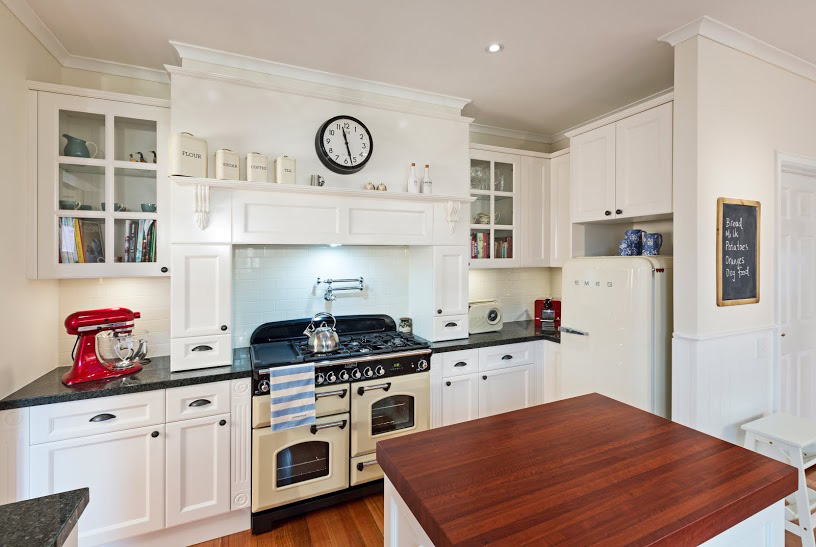Prestige Kitchen-Kitchen Designer Melbourne